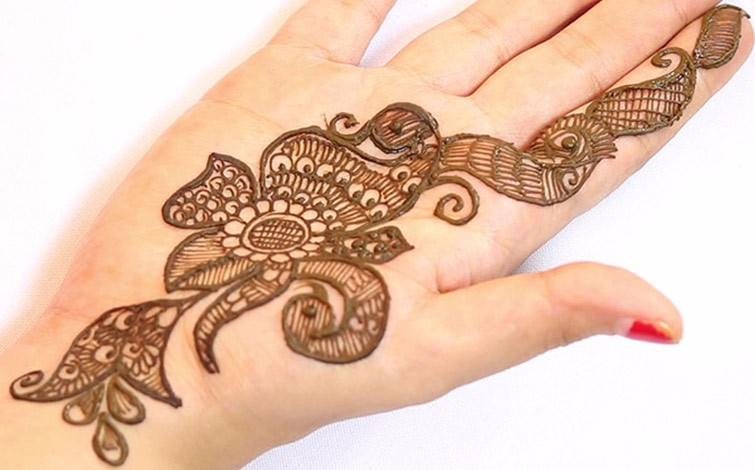 Easy Mehndi Patterns On Paper : Mehndi designs how to master the art of in just hours