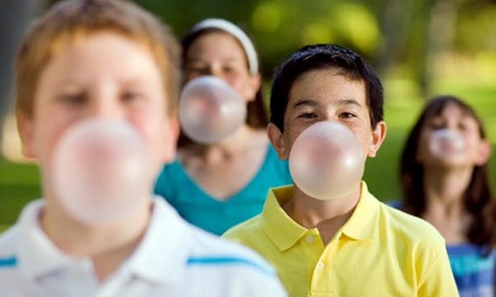 persuasive essays on chewing gum Why southeast asia is the best tourist destination there the price for a pack of chewing gum in the united states a persuasive essay is a form of academic.