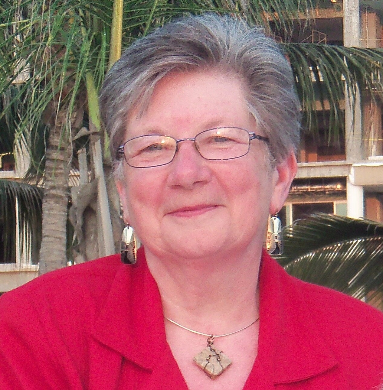 Dr. Mary Schoenfeldt